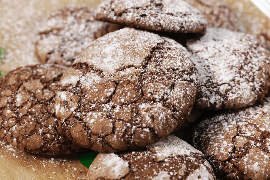 Напукани шоколадови бисквитки