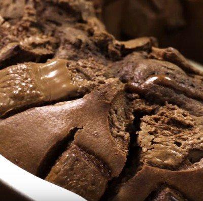 dvoino shokoladov keks Nestle
